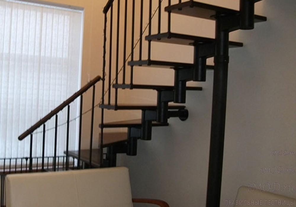 """Фото 6: межэтажные лестницы на 2 этаж """"Престиж"""" Г-образные модульные с поворотом 90 градусов - фото 6."""