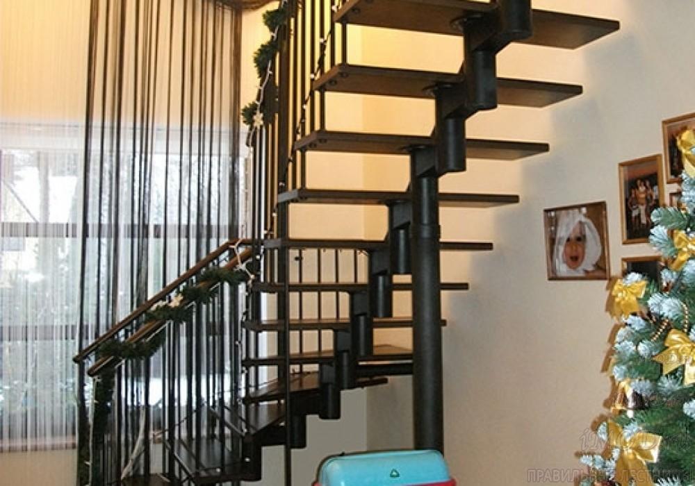 """Фото 12: межэтажные лестницы на 2 этаж """"Престиж"""" Г-образные модульные с поворотом 90 градусов - фото 12."""