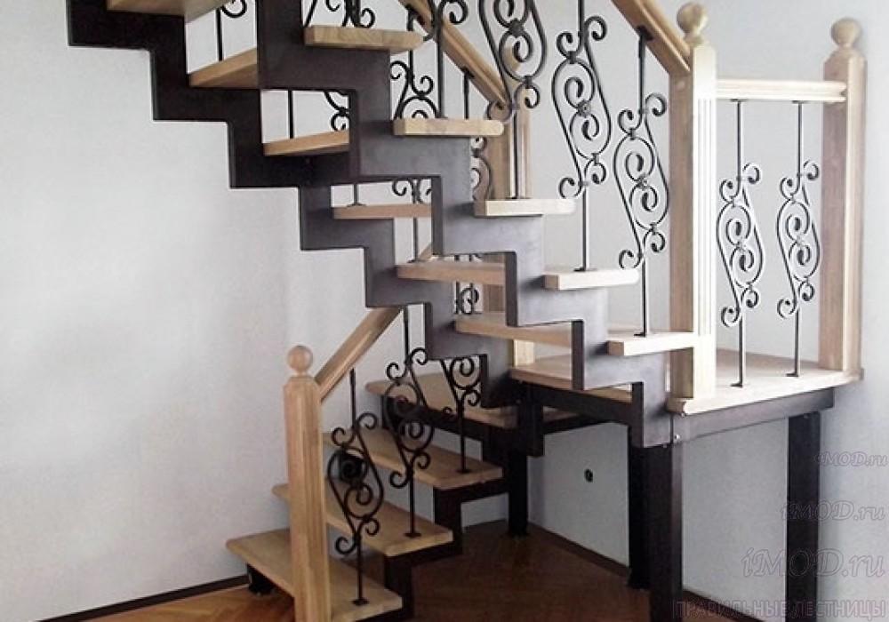 """Фото 4: лестница на 2 этаж П-образная """"СуперЭлегант"""". Изготовление лестницы на заказ с монтажом под ключ в частный дом, коттедж, таунхаус, фото 4."""