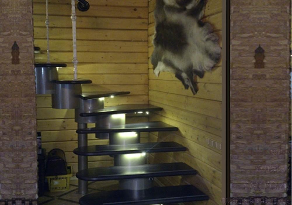 """Фото: лестница на второй этаж Г-образная ,бизнес-класса """"Модерн""""-4."""