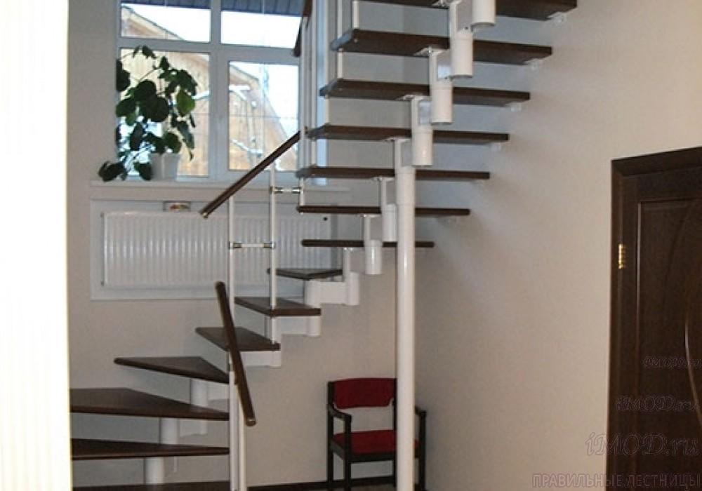"""Фото 2: лестницы на второй этаж П-образные """"Престиж"""" разворотные, фото2."""