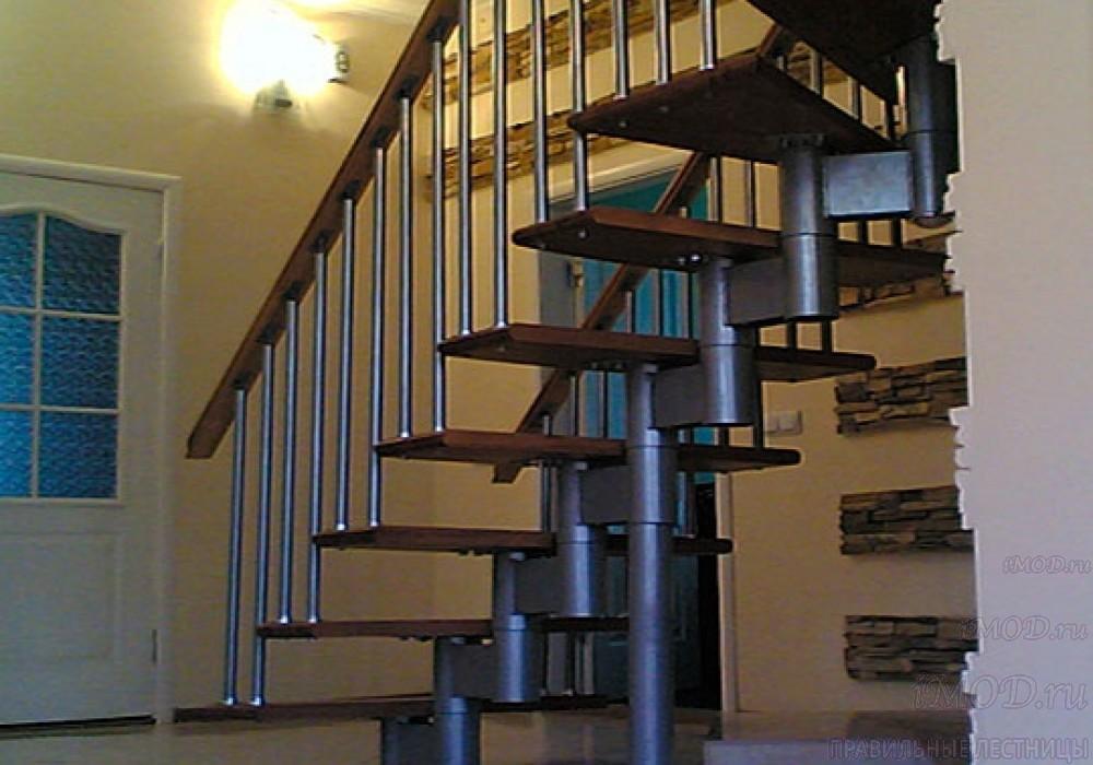 """Фото 10: прямая лестница на второй этаж """"Престиж"""" одномаршевая в загородный дом, коттедж, таунхаус, для дачи-фото10."""