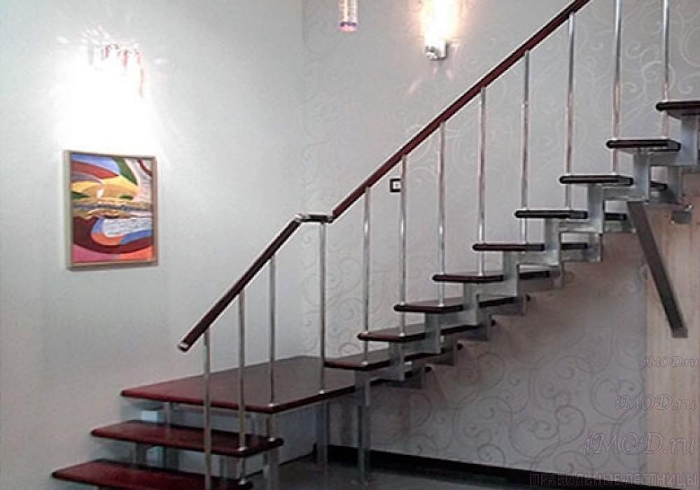 """Фото 13: модульная лестница эконом-класса на 2 этаж Г-образная """"Элегант""""- фото 13 фотогалереи."""