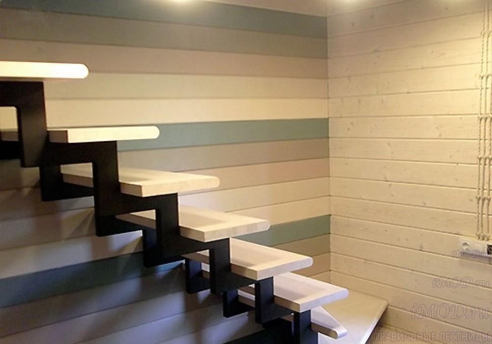 """Фото 6: модульная лестница эконом-класса на 2 этаж Г-образная """"Элегант""""- фото 6 в фотогалерее."""