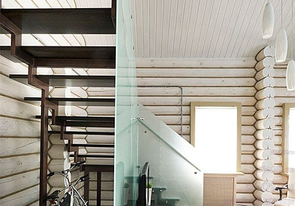 """Фото 9: модульная лестница эконом-класса на 2 этаж Г-образная """"Элегант""""- фото 9 в фотогалерее."""