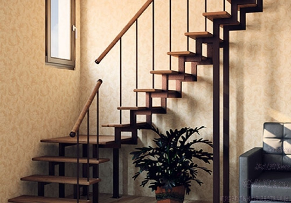 """Фото 1: модульная лестница эконом-класса на 2 этаж Г-образная """"Элегант""""- фото 1 в фотогалерее."""