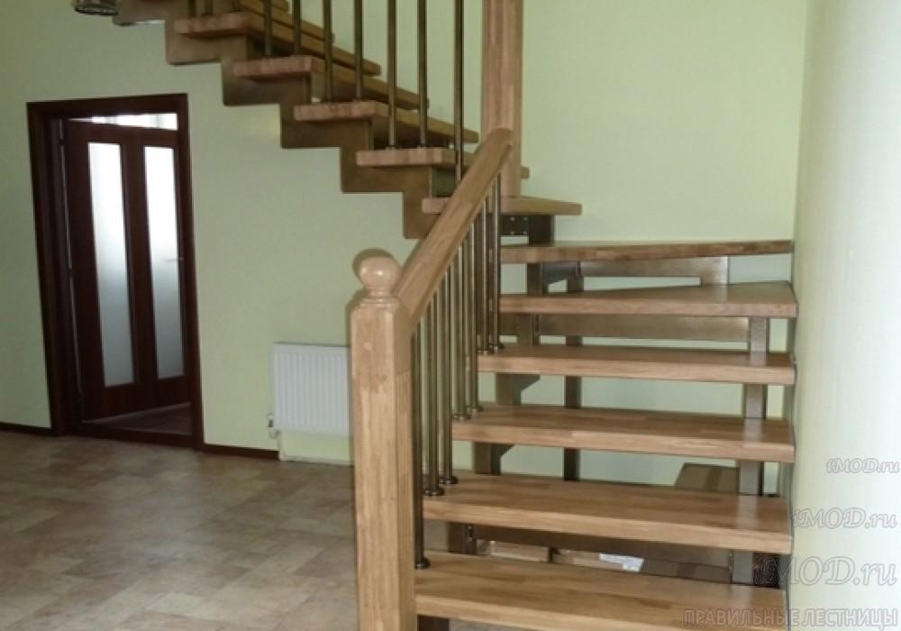 """Фото 10: лестница на второй этаж (на заказ) """"СуперЭлегант"""" Г-образная с поворотом. Изготовление лестницы на заказ под ключ, фото 10."""