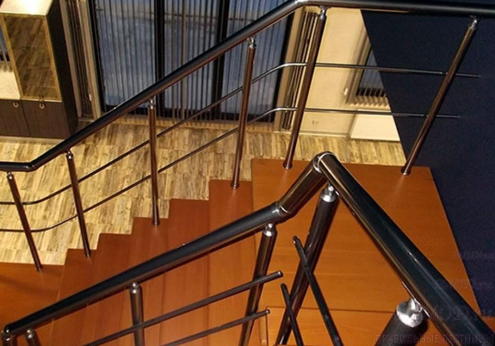 """Фото 11: лестница на 2 этаж П-образная """"СуперЭлегант"""". Изготовление лестницы на заказ с монтажом под ключ в частный дом, коттедж, таунхаус, фото 11."""