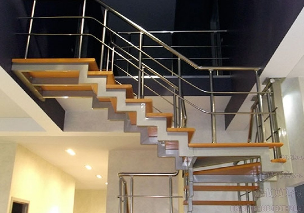 """Фото 10: лестница на 2 этаж П-образная """"СуперЭлегант"""". Изготовление лестницы на заказ с монтажом под ключ в частный дом, коттедж, таунхаус, фото 10."""