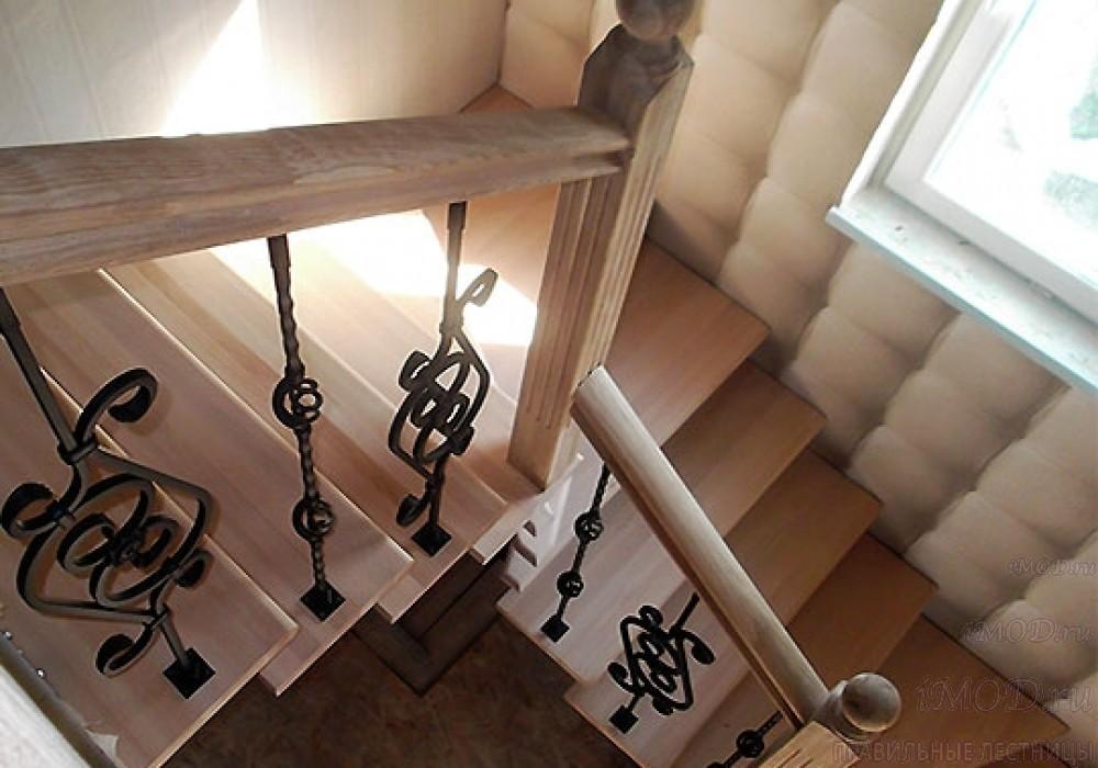 """Фото3: лестница на 2 этаж П-образная """"СуперЭлегант"""". Изготовление лестницы на заказ с монтажом под ключ в частный дом, коттедж, таунхаус, фото 3."""