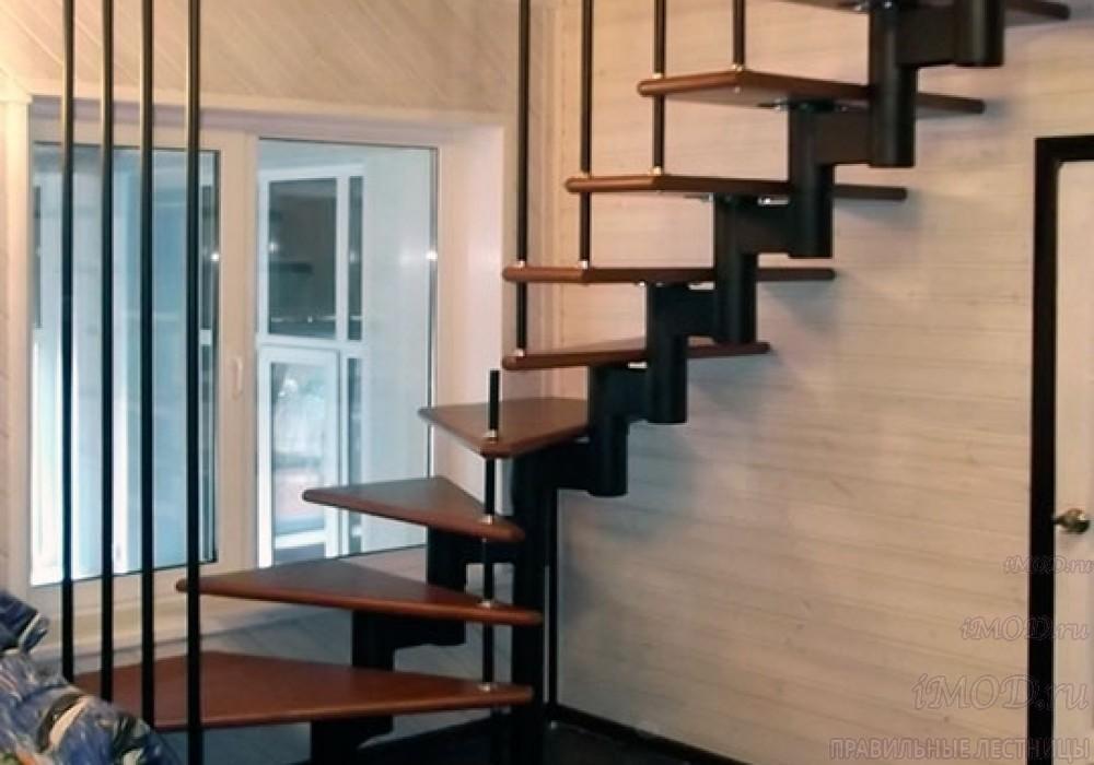 """Фото 8: лестницы на второй этаж П-образные """"Престиж"""" разворотные, фото8."""