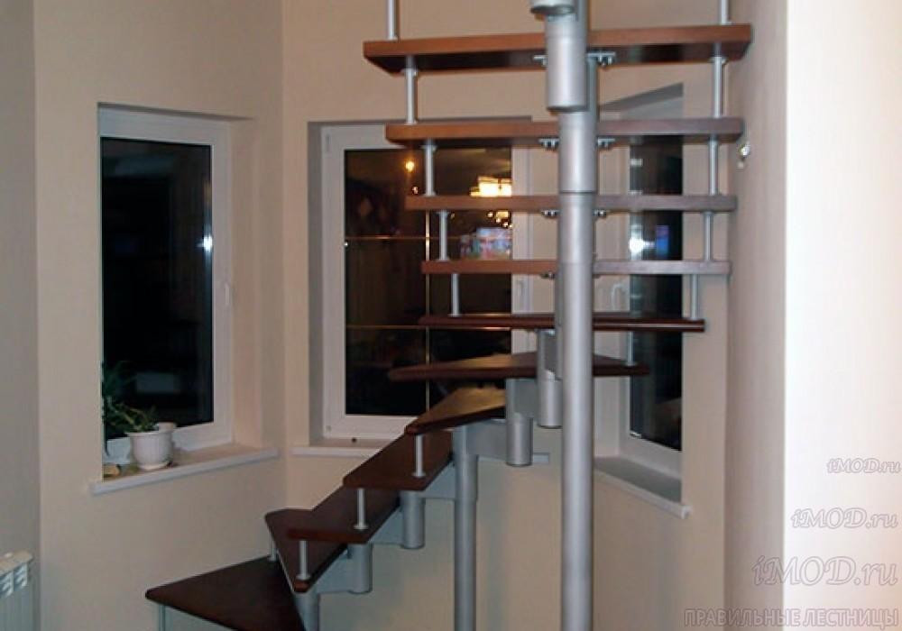 """Фото 6: лестницы на второй этаж П-образные """"Престиж"""" разворотные, фото6."""