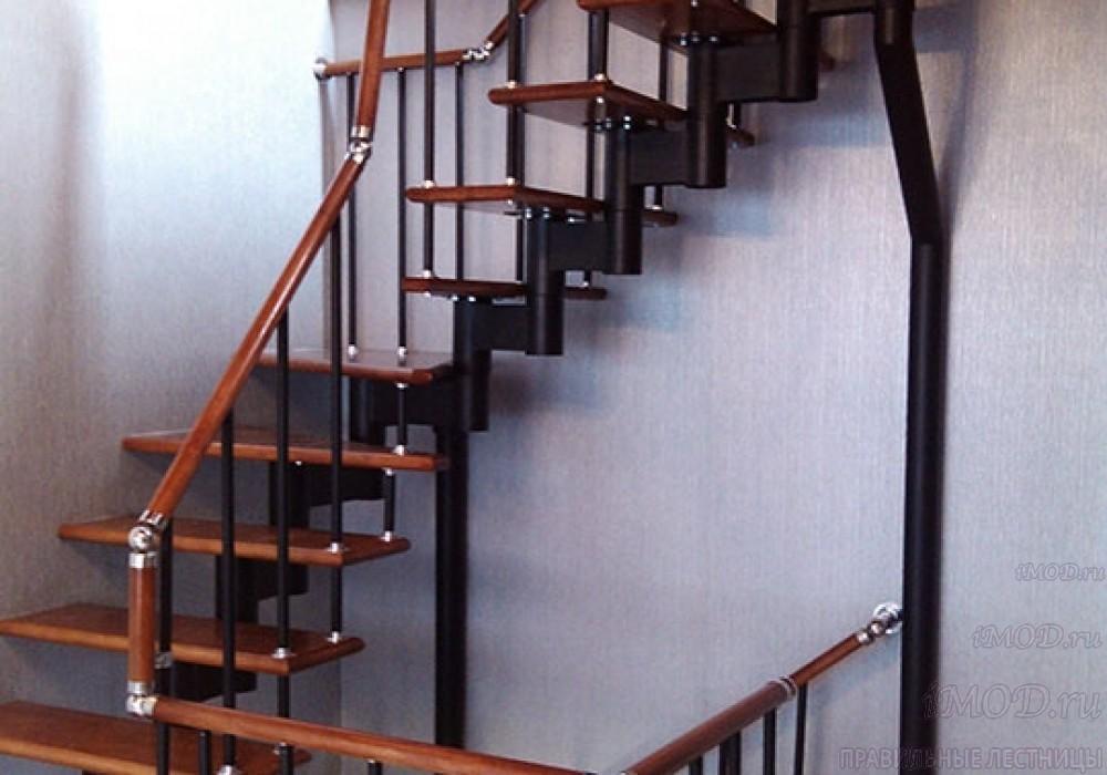 """Фото 5: лестницы на второй этаж П-образные """"Престиж"""" разворотные, фото5."""