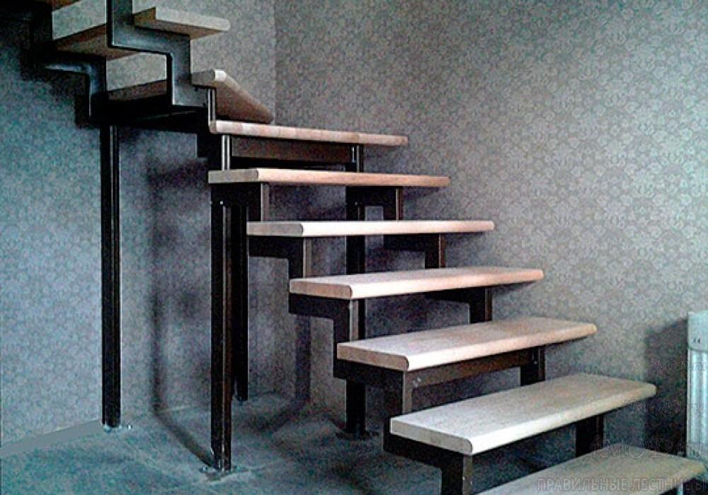 """Фото 8: модульная лестница эконом-класса на 2 этаж Г-образная """"Элегант""""- фото 8 в фотогалерее."""