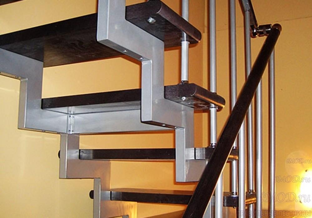 """Фото 4: модульная лестница на 2-й этаж эконом-класса П-образная """"Элегант"""" - фото 4 фотогалереи."""